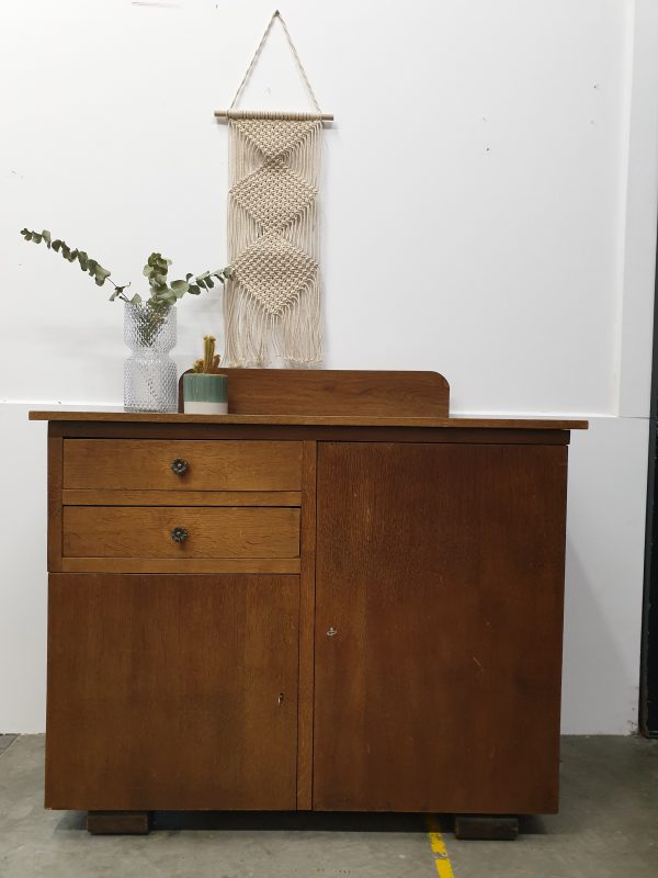 Warme houten vintage commode